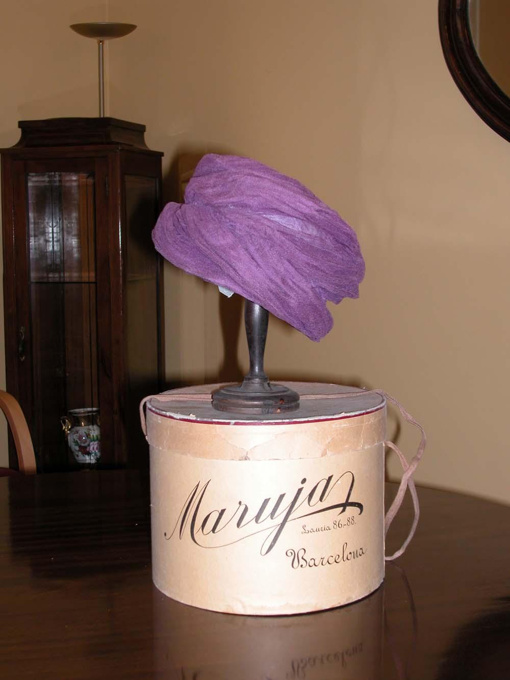 sombrero morado